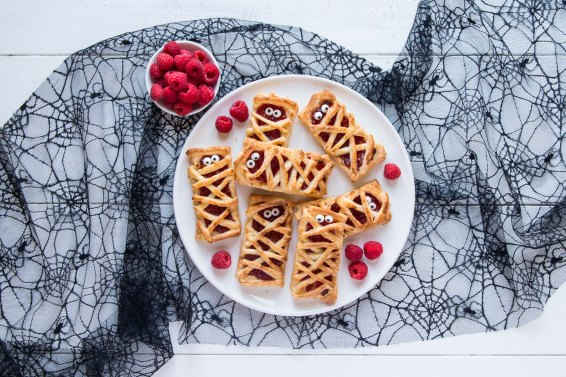 BerryWorld Raspberry puff pastry mummies - Overhead 5